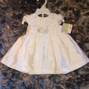 Carters brand new with tags sz 3 months dress.
